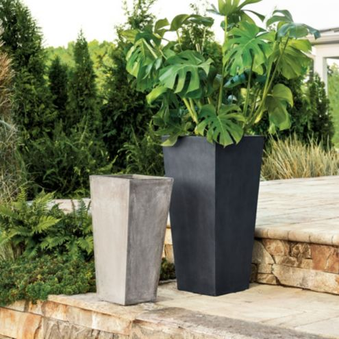 Arlo Large Outdoor Planters Collection