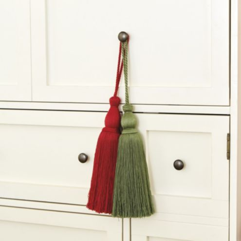 Accent Tassel Red