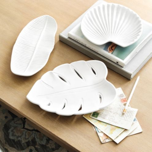 Bisque Leaf Tray - Table top