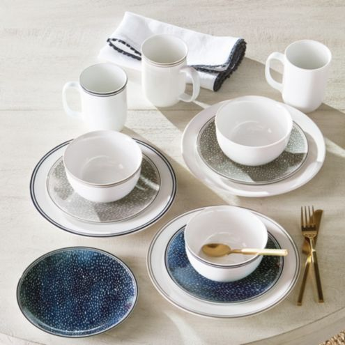 Café 24-Piece Dinnerware Set