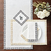 Selene Table Linens