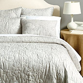 Jardin Toile Quilted Bedding