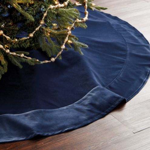 Signature Velvet 60 inch Christmas Tree Skirt