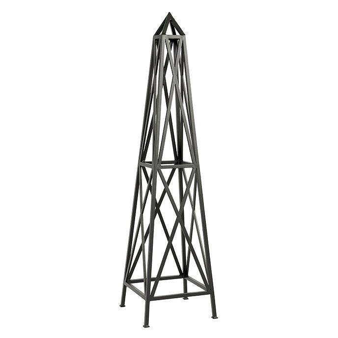 Avril Metal Garden Obelisk. Product 2. Current Slide: 1