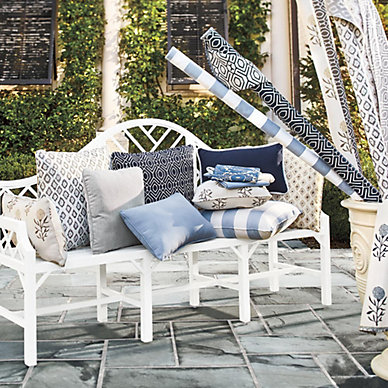 Outdoor Patio Furniture Accessories, How To Clean White Outdoor Furniture Cushions