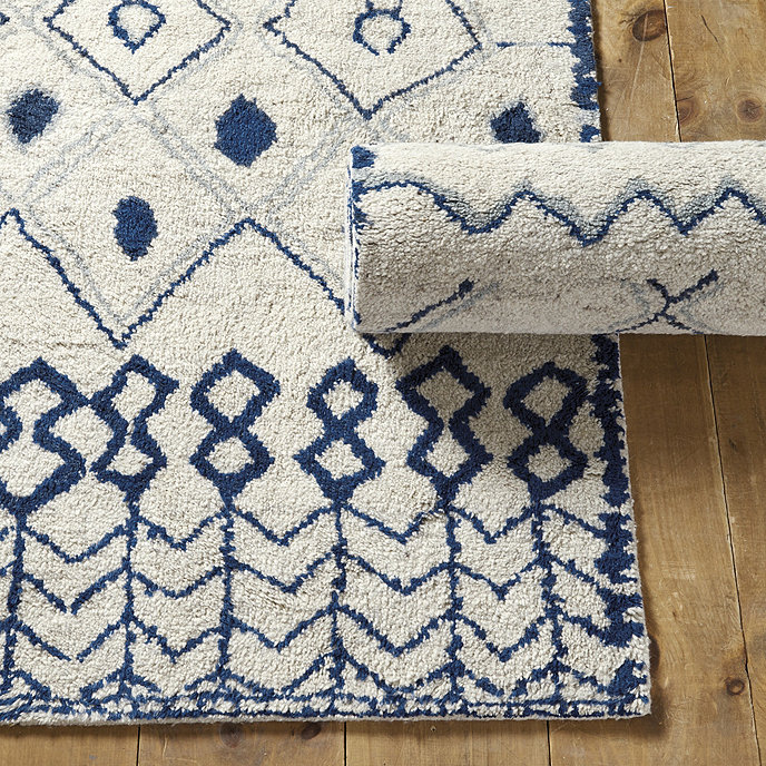 Aleah Hand Knotted Rug Swatch - Blue