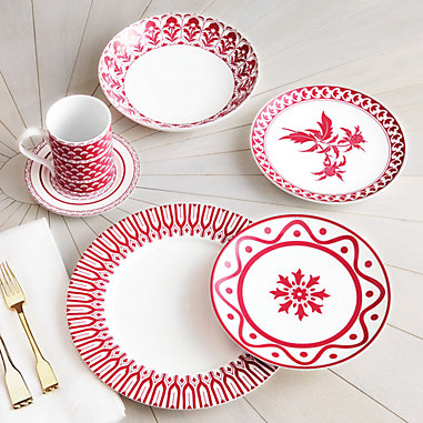 Bunny Williams Winchester Dinnerware Collection