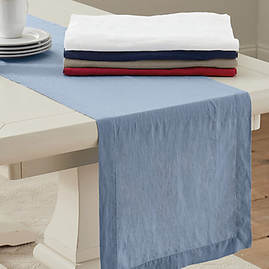 Marseilles Table Linens