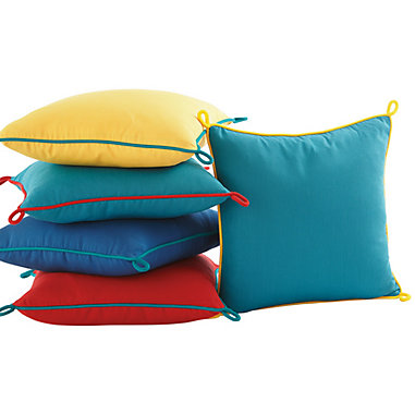 Outdoor Corded Loop Pillow