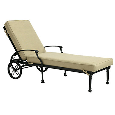 Amalfi Chaise With Cushions